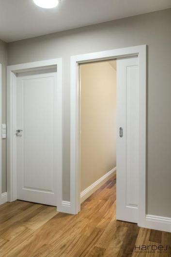 drzwi przesuwne i standardowe