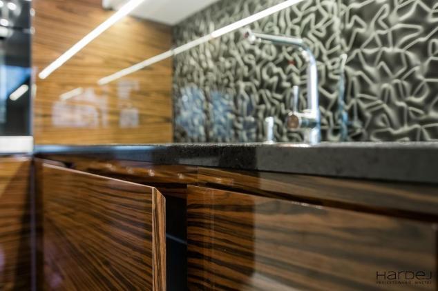 projekt fronty drewno mahon kuchnia szuflady