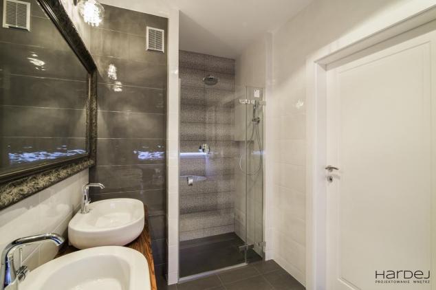 projekt łazienka wnęka na prysznic