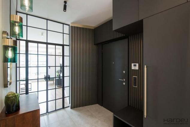 projekt styl nowojorski złoto drzwi loftowe
