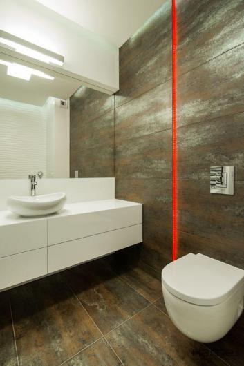 łazienka biała szafka umywalkowa duża
