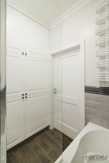 łazienka zabudowa wnękowa