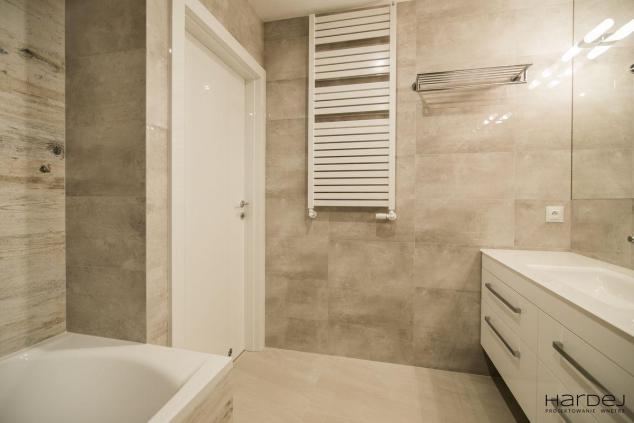 łazienka drzwi wysoki połysk białe
